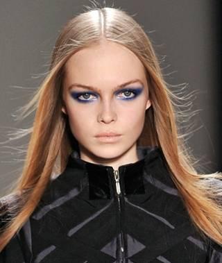 Nicole Miller, blue eyeshadow, Vashi.com, Vashi Dominguez, blue trend